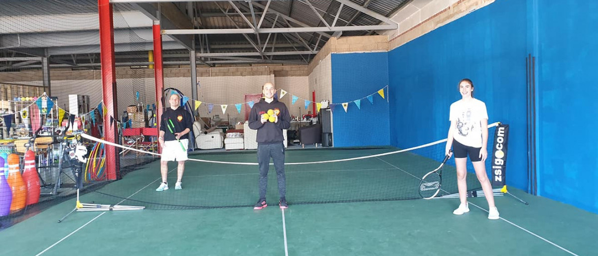 The Defiant Sports team getting ready for a badminton session